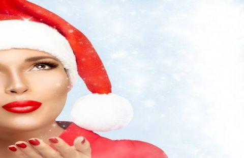 Xu hướng phun môi thẩm mỹ đón chào Giáng sinh
